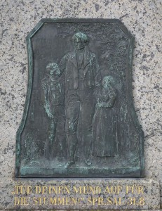 Bad_Camberg,_Freiherr_von_Schütz-Schule,_Denkmal,_Tafel