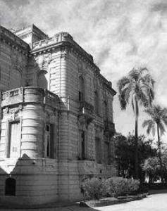 Instituto Nacional de Sordomudos (Buenos Aires, 1885) Aparentemente este edificio fue ocupado recién en 1938.